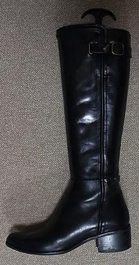 black_long_boots.jpg