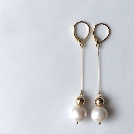 gold_pearl_long_pierce1.jpg