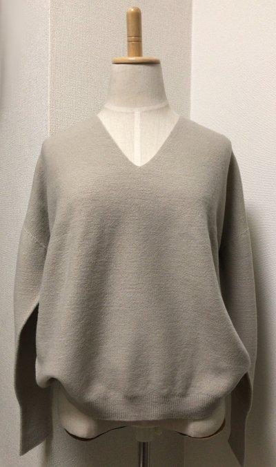 greige_sweater1.jpg