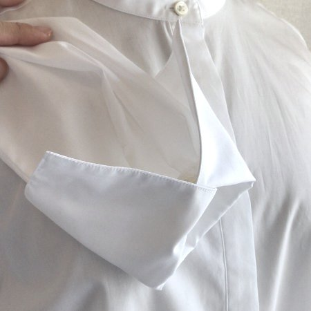 white_bandcollar_shirt_4.jpg