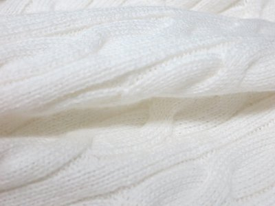 whitei_knit_2016_3.jpg